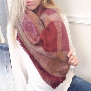 BCBG Maxazeia Oversized Blanket Scarf